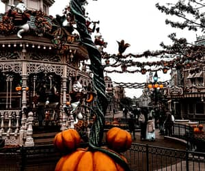atmosphere, disneyland, and Halloween image