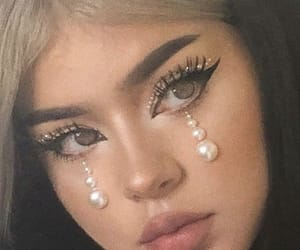 make up, makeup, and pearls image