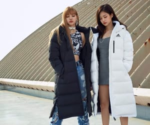 blackpink, lisa, and jennie image