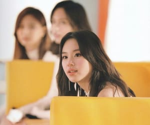 yellow, chaeyoung, and hq image