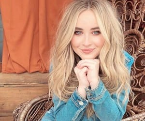 celebrities and sabrina carpenter image