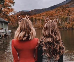 autumn, beauty, and friendship image