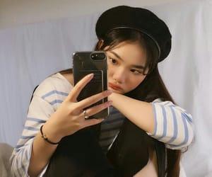 beret, kfashion, and mirror image