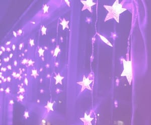 รูปภาพ purple, stars, and aesthetic