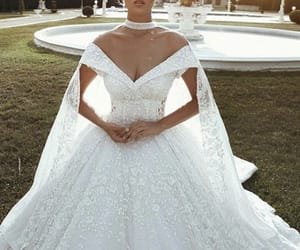 bride, wedding, and Couture image