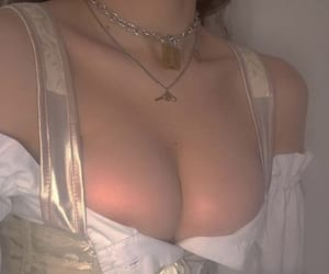aesthetic, angel, and boobs image