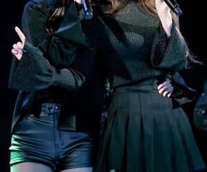 idol, kpop, and woollim entertainment image