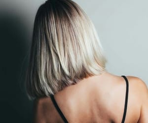 blonde, hair dye, and minimalism image