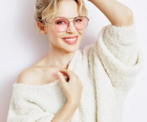 girl, wow, and kylie minogue image