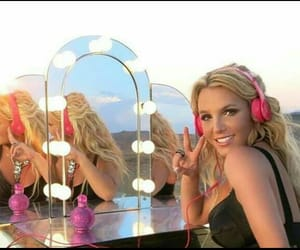britney spears, diva, and work bitch image