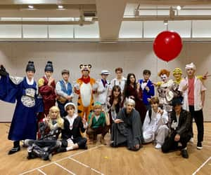 article, Halloween, and chenle image