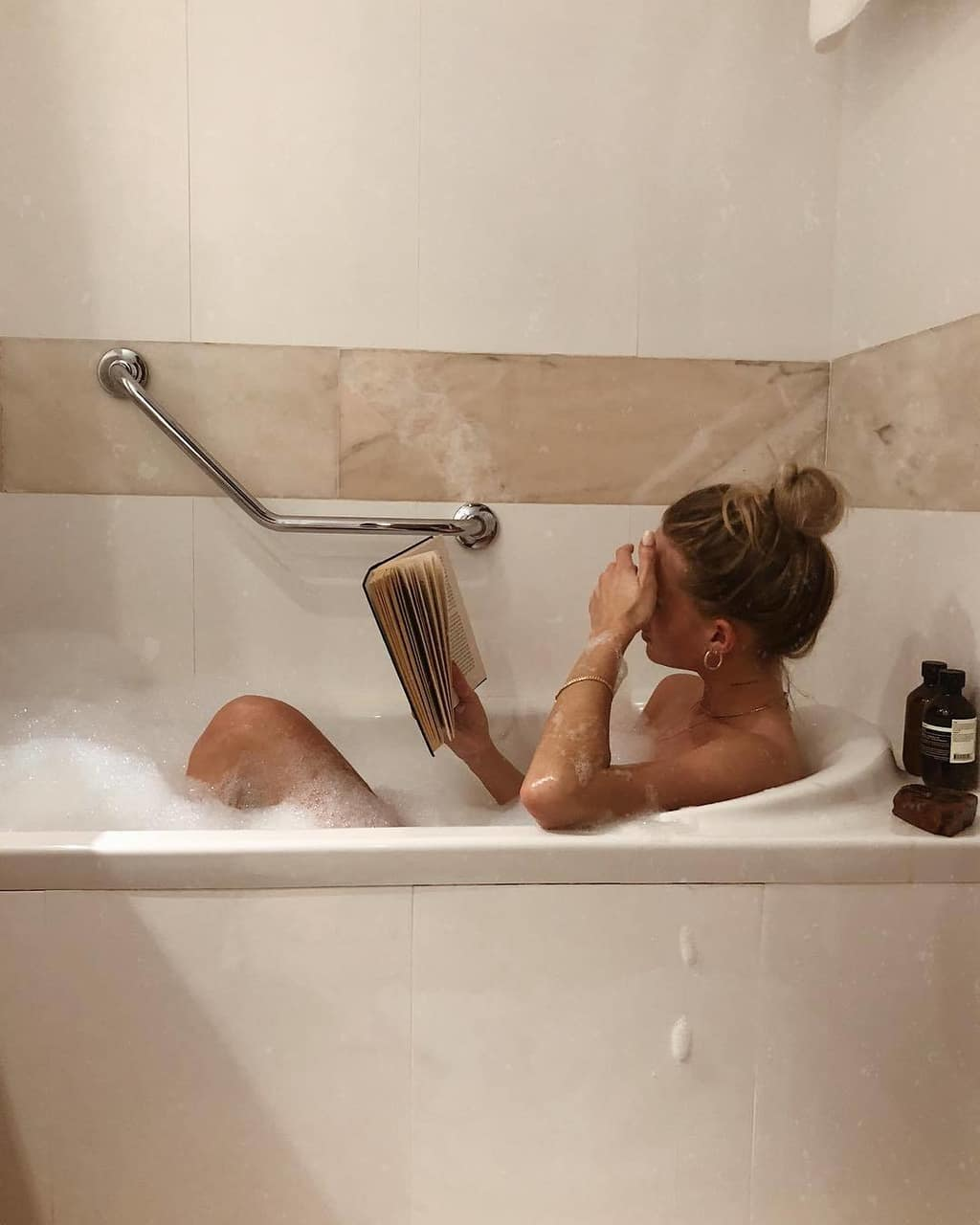 girl, book, and bath image