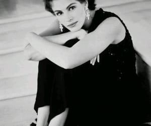 julia roberts, black and white, and girl image