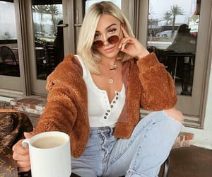 girl, fashion, and chic image