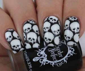 black, haloween, and nails image
