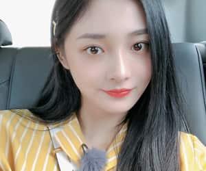 ioi, kyulkyung, and zhou jieqiong image