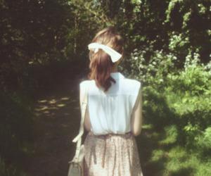 girl, vintage, and skirt image