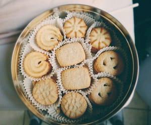 dessert, food, and galletas image
