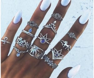 rings and girls image