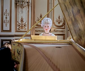 marie antoinette and piano image
