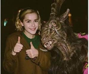 sabrina, caos, and netflix image