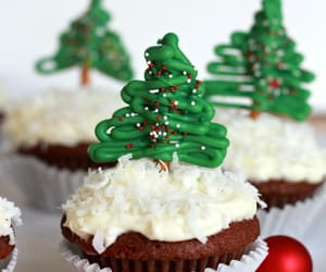 cupcakes and christmas image