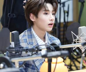 brown hair, 양정인, and in image