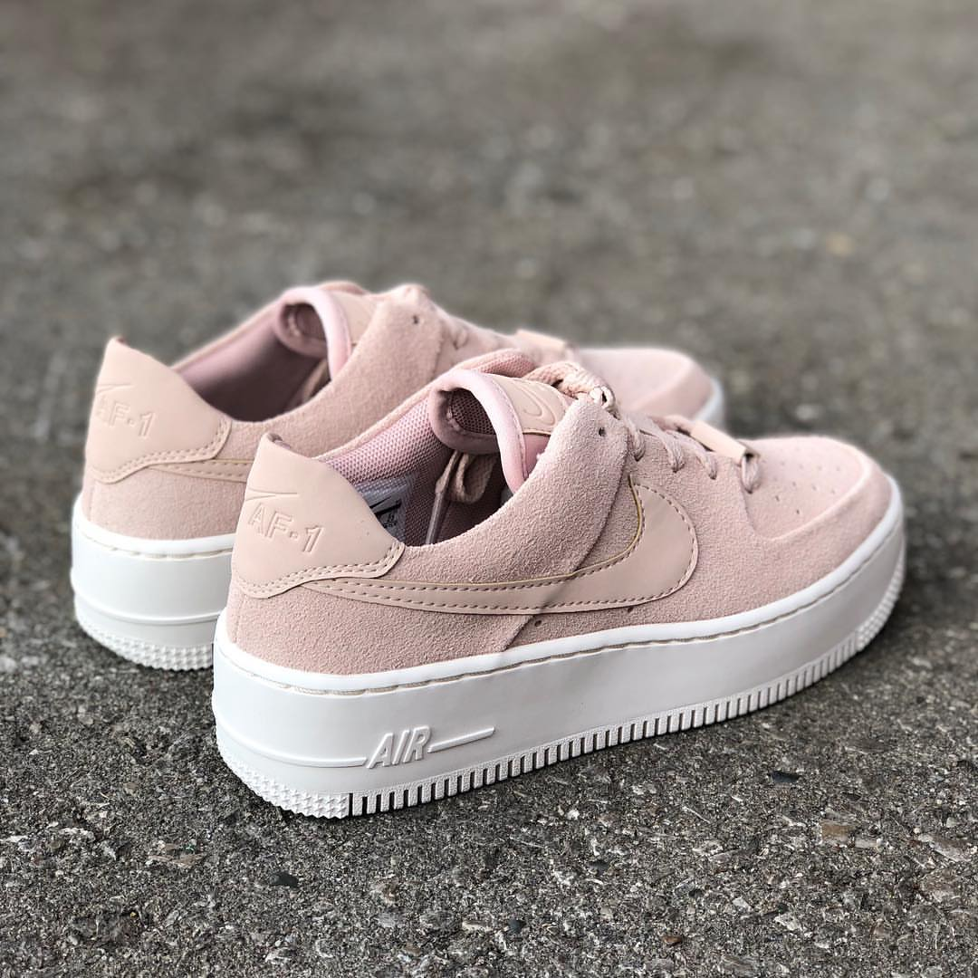 "Fall 2018 Collection Nike Air Force 1 Low Sage Low ""Particle"