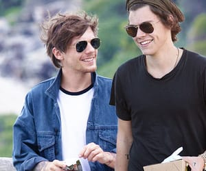 manip, Harry Styles, and louis tomlinson image