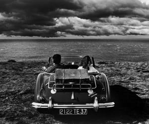 car and couple image