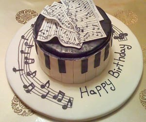 happy birthday, music, and cumpleaños image