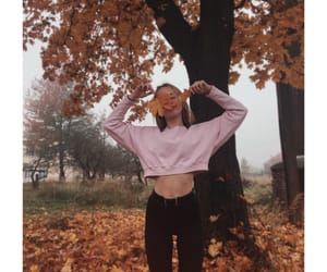 atmosphere, girl, and leaves image
