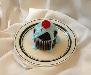 aesthetic, blue, and cake image