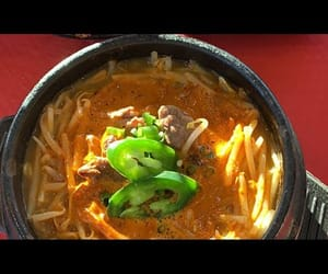 food, ramen, and mukbang image