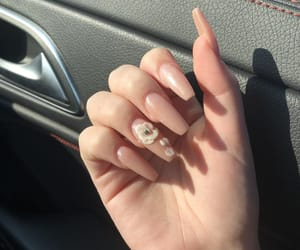 flower, lovely, and nail image