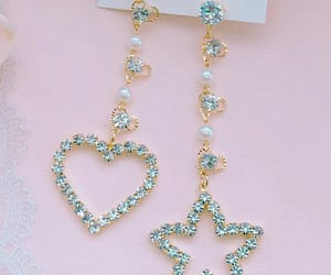 accesories, earrings, and heart image