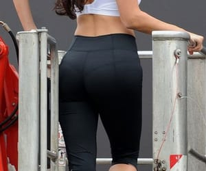 yoga pants image