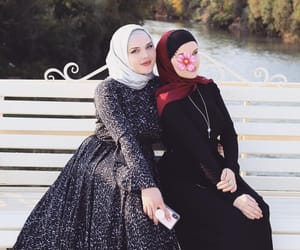 hijab, chechen, and modesty image
