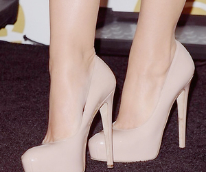 amazing, musthave, and pumps image