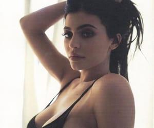kim kardashian, kardashians, and kourtney kardashian image
