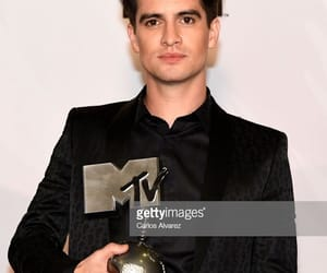 brendon urie, panic! at the disco, and emas image