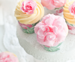 cup cake, food, and food styling image