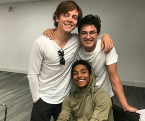 boys, cast, and ross lynch image