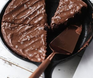 chocolate and brownies image