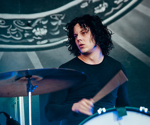 jack white, seattle, and the dead weather image