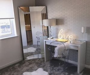 room and room decor image