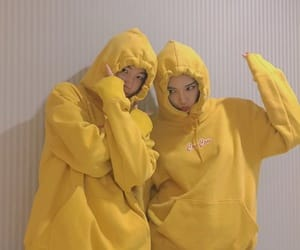 ulzzang, yellow, and couple image