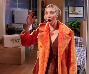 friends, phoebe buffay, and Lisa Kudrow image