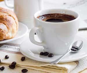 bread, delicius, and breakfast image