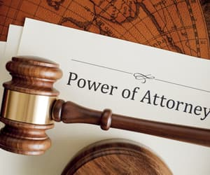 legal service and powers-of-attorney image